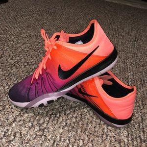 Nike Free TR 6 — 8.5